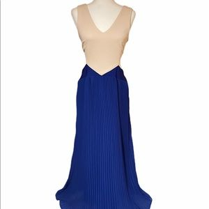 Double Zero cream & blue side cutout dress